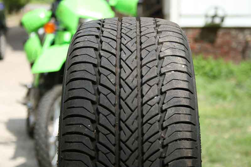 Automobile tire