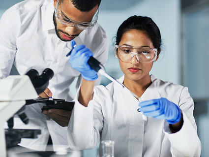 Medical Research Scientists in laboratory